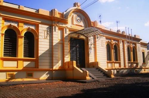 Prefeitura de Ribeirão Bonito abre concurso e processo seletivo