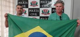 Polícia Civil recupera bandeira do Brasil furtada da Câmara