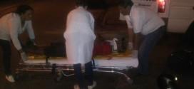 Duas pessoas ficam feridas em acidente entre carro e moto