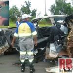 Carro destruído (Foto: RB Na Rede). No destaque a vítima fatal  (Foto: Reprodução Facebook)