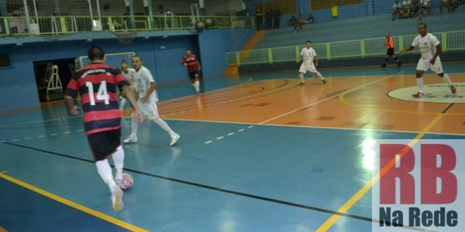 Ribeirão Bonito vence Porto Ferreira pela Taça EPTV de Futsal
