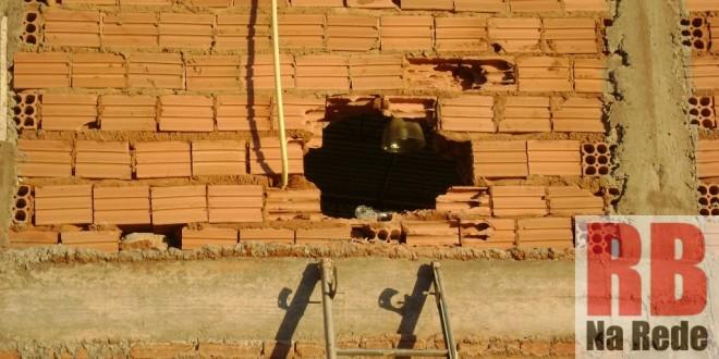 Bandidos quebram parede e furtam Cooperativa em Ribeirão Bonito