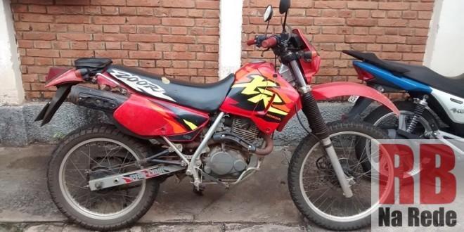 Moto é furtada de indústria em Ribeirão Bonito