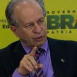 Ministro da Educação, Renato Janine, divulga os dados da Avaliação Nacional de Alfabetização (ANA) (Foto: Antonio Cruz/Agência Brasil)