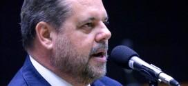 Deputado denuncia atraso de repasses federais para prefeituras