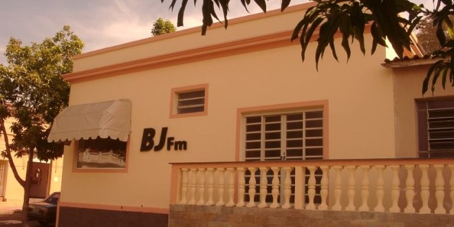 Rádio BJ passa por crise financeira