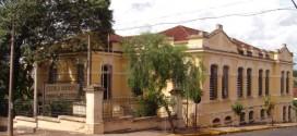 Alunos voltam às aulas em Ribeirão Bonito