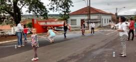 Dezenas de crianças participam do 2º Dia de Brincar em Ribeirão Bonito