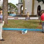 Prefeito esteve acompanhando os serviços na Praça da Matriz (Foto: Divulgação)