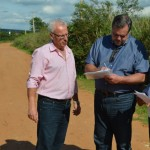 Políticos se encontraram na própria estrada (Foto: Paulo Melo/Assessoria Lobbe Neto)