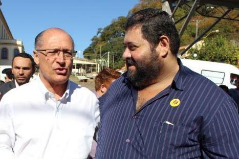 Prefeito de Boa Esperança do Sul solicita atenção a diversas áreas ao governador