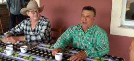 Paulo Cunha visita fazenda em Dourado