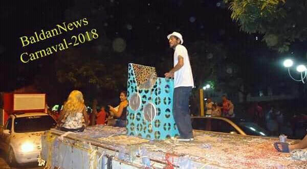 Homenagem ao Jornal Correio D'Oeste marca Carnaval em Ribeirão Bonito